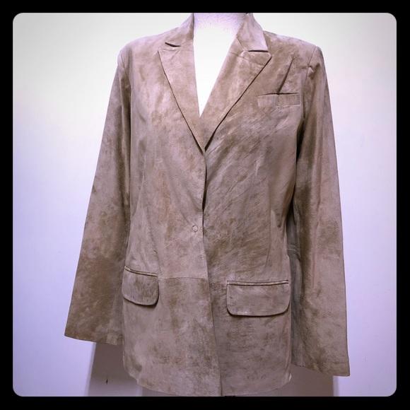Neiman Marcus Jackets & Blazers - Neiman Marcus genuine suede leather blazer szS